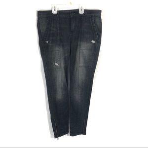 Treasure Bond Distressed black Ankle zipper jeans